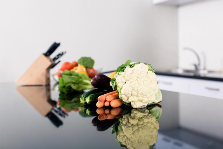How does foodborne illness spread?