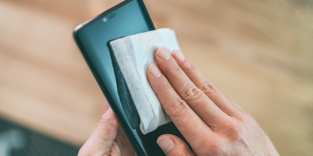 The danger of dirty phones